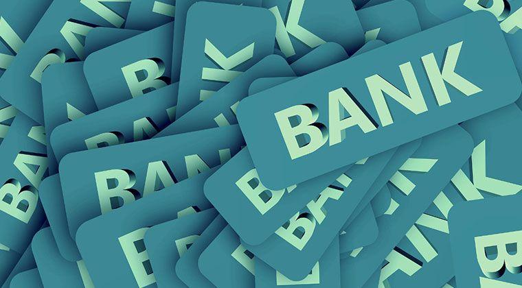 """Jak oszczędzać z """"zielonym bankiem"""""""
