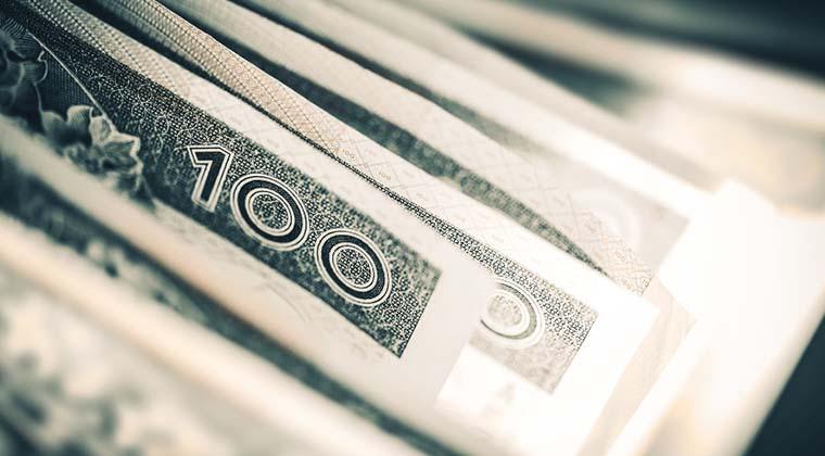 Poznaj wygodne usługi finansowe dostępne w 100% online